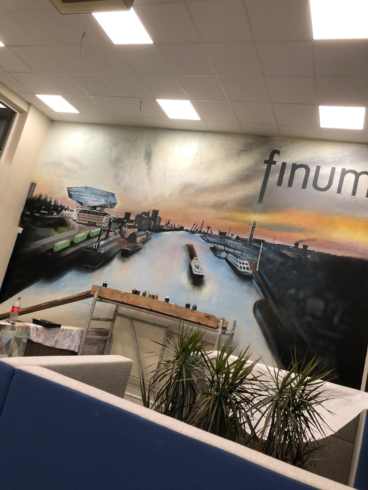 Finum Accountants - graffiti kantoor Antwerpen